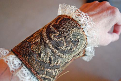 Garden Delights Arts bracelet cuff